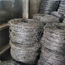 围墙上的铁蒺藜 安平包塑刺绳厂 3米的水泥柱多少钱一根