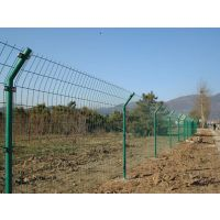 1.8x3.0米现货供应公路护栏网、铁路护栏网、厂区防护网、学校围栏、庭院围栏