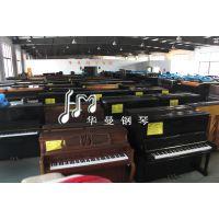 华曼钢琴城作为一家面向全国供货商,以独特的品质来宣讲YAMAHA雅马哈和KAWAI卡哇伊的存在