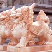 石材貔貅,晚霞红,天青石,汉白玉招财貔貅,顺利石雕厂家大量供应。