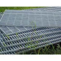 厂家供应镀锌钢格板楼梯踏步板 工业平台格栅板