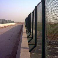 东阳足球场铁丝网@东阳笼式体育场围栏@球场围栏安装图