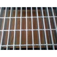 安民大量供应金属板网 加工定制方型孔楼梯踏步板 异型钢格板