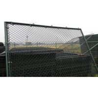 瑞才4米高勾花包塑丝蓝球场护栏网大量生产