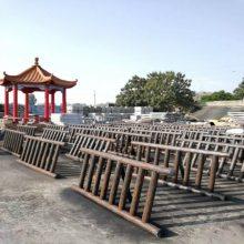聊城仿树皮栏杆厂家3D型 景区仿树栏杆 水泥仿木桩围栏 仿石护栏