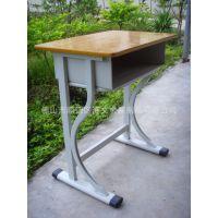 学生课桌椅 学校单柱课桌 防火板台面板金属培训椅 厂家批发