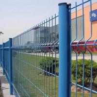 桃型柱厂区围栏网 河道水渠铁丝网围栏 小区三折弯护栏网厂家直销