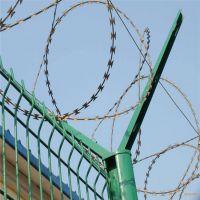 朋英厂家直销机场围栏防护网浸塑低碳钢丝机场围栏防护网订做