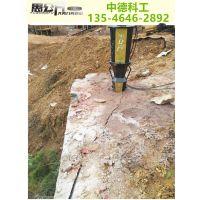 青岛修建公路石头硬打不动用裂岩机案例说明