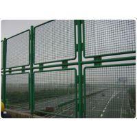 多层高速铁丝网路防护网-双层高速铁丝网路防护网安装