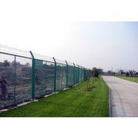 朋英道路护栏网 Q235框架护栏网 双边丝围栏网厂家订制