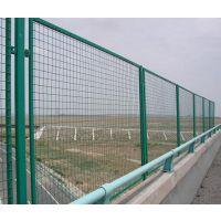 广州绿色铁网围墙厂家 高速护栏网多钱一米
