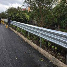 珠海铁路建设镀锌护栏-高速路波形护栏价格-高栏港道路镀锌防撞栅栏