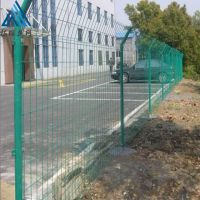 绿色围栏网生产厂家 绿色铁丝网围栏