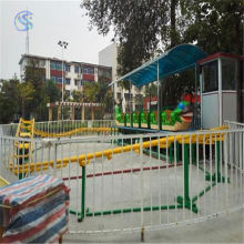 孩子***喜爱的广场游乐设备青虫滑车qchc三星厂家专利产品
