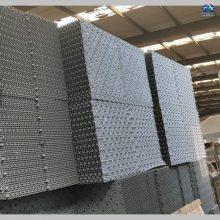 大型体育馆用良机冷却塔LRCM-H-500填料更换 河北华强