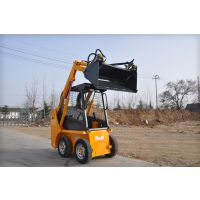 滑移装载机GN400是一款小型的滑移装载机