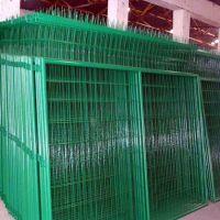 朋英厂家销售公路围栏网浸塑不锈钢丝公路围栏网