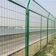 简易铁丝网围栏安装注意事项