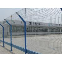 双边交通隔离护栏.三角折弯围栏网.启泰双边浸塑护栏网