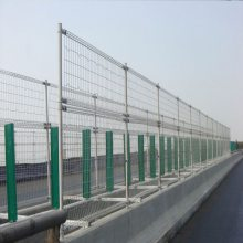 海南铁路防护栏厂家 三亚隔离网刀刺护栏网 批发价铁路围栏网