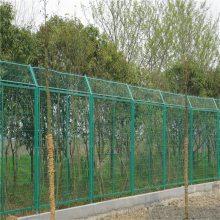 浸塑围栏网 草原网围栏 公路隔离护栏网