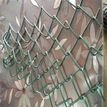 篮球场护栏图片 郑州体育场护栏 球场围栏网安装