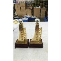 中国建筑钢结构金奖奖杯定做价格,奖杯一比一复制,表彰会议活动礼品定制