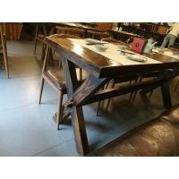 深圳炭烧木实木餐桌家具厂