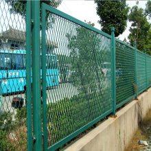 湛江铁路刺丝防护网安装 清远山路边框隔离网 佛山道路围栏网