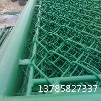 草绿色勾花高尔夫球场围网 体育场围网防护网 框架操场护栏网
