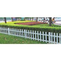南宁厂家供应pvc草坪护栏小区庭院围墙PVC护栏定做