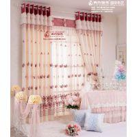 城市领秀窗帘品牌2018年畅销款舒适的麻涤材质精致的玫瑰绣花图案遮光垂直帘--甜蜜梦幻窗纱