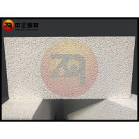 郑州中企氧化铝空心球耐火砖,高铝砖,耐火砖,浇注料。