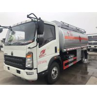 重汽豪沃10吨油罐车多少钱,装10吨柴油的楚胜加油车价格,CSC5147GJYZ-2.5L