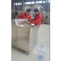 桶装纯净水生产洗桶设备、淮北新科洗桶拔盖机、xk-xtbgj 桶装灌装设备生产线