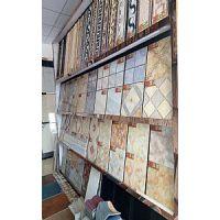 瓷砖加盟优选特朗普陶瓷,佛山厂家二十年经验瓷砖加盟免费提供样板