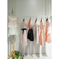 广州伊曼服饰时尚女装品牌尾货折扣批发 朵以快时尚女装