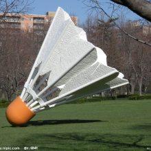 玻璃钢巨型羽毛球模型树脂仿真羽毛球造型雕塑大型羽毛球道具俱乐部体育馆迎宾体育用品摆件