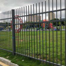 成品小区围墙栅栏供应,现货三横栅栏1米8高,中山围栏厂