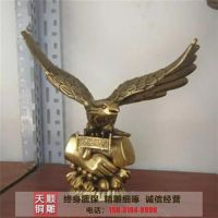 宁夏铜鹰|天顺雕塑|铸铜鹰雕塑