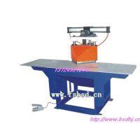 浙江厂家供应自动剪切机生产商—本机采用PLC控制台,自动送料