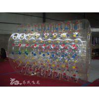 北京水上滚筒充气水池充气滚筒