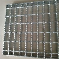 防滑齿型钢格板 锯齿形钢格板 Q235镀锌齿形格栅板