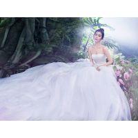 准新娘如何根据肤色挑选婚纱