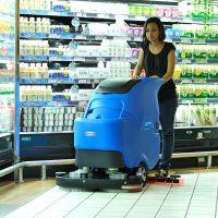 商场用手推式洗地机,依晨电瓶式洗地机YZ-ZD700