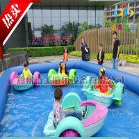 湖南岳阳儿童充气水池,水上手划塑料小船手摇船载重240斤可随意游玩
