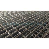 安平秉德丝网 钢结构检修平台热浸锌钢格栅板 Q235材质 热镀锌化工厂钢格栅板 大型钢格板厂家