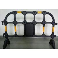 塑料铁马塑料围栏道路警示护栏夜间有较强的反光效果