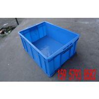 厂家直销长沙塑料箱常德塑料箱湘潭塑料带盖养鱼塑料箱子加厚周转箱新料整理箱